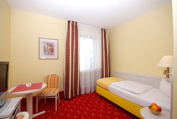 Hotel Residence Würzburg - Single Room